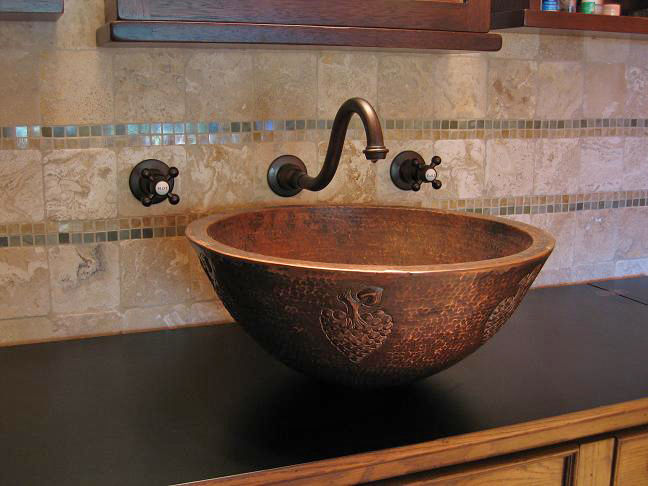 "Picture of 18"" Colina Copper Vessel Sink by SoLuna"